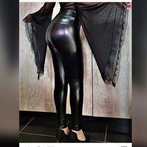 Shiny sexy vinyl elastane leggings pants